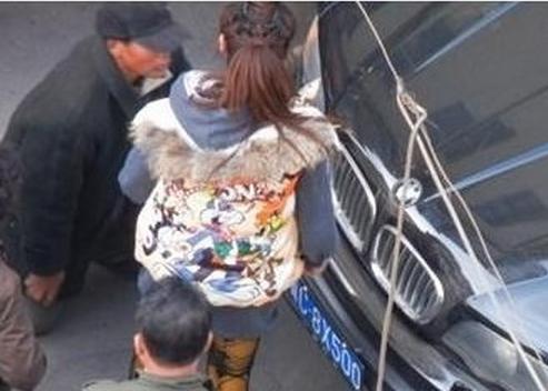 有图有猛料第253期 香港17岁少年召妓 偷尝禁果 钱不够找父母付账